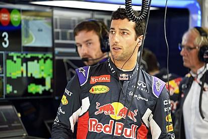 Merhi: Én a Ferrari helyében leszerződtetném Ricciardót Räikkönen helyére!