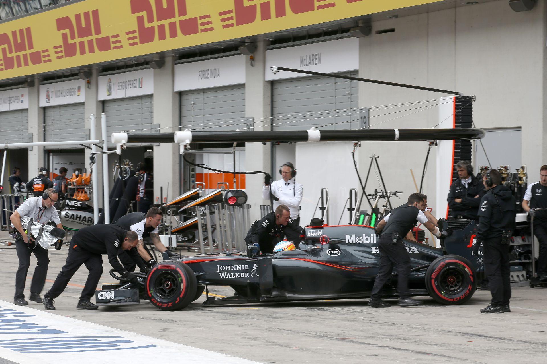 Eddie Jordan: Ron Dennis, és miatta a McLaren is elég arrogáns