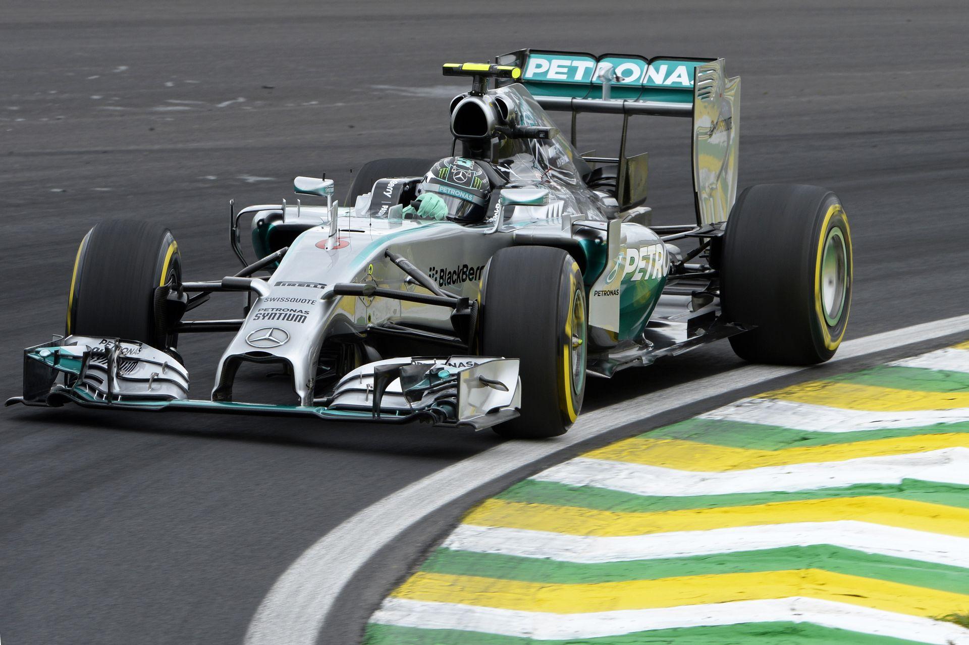 Még egy pole, és Rosberg beéri Schumachert és Häkkinent