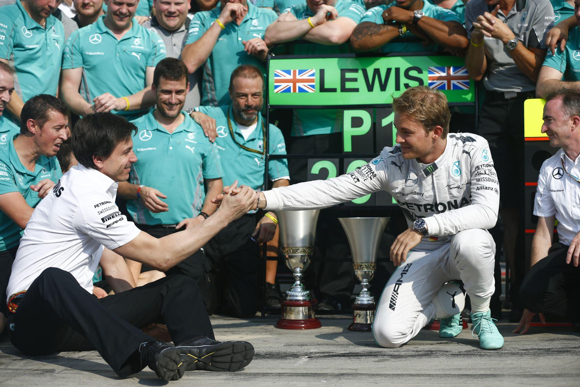 Mercedes: Hamilton, vagy Rosberg nagyon szomorú lesz Abu Dhabiban