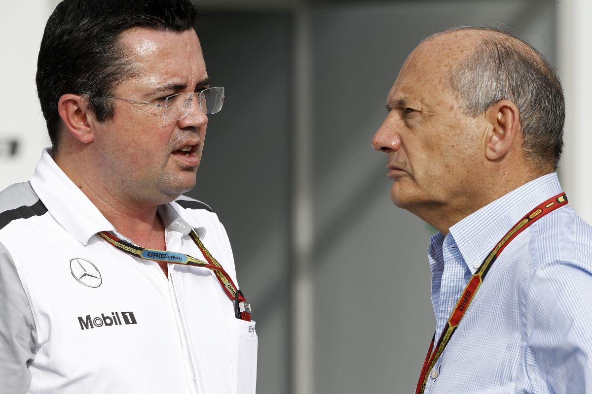 Lauda nem érti a Ferrarit, a McLaren pedig továbbra is versenyzők nélkül áll