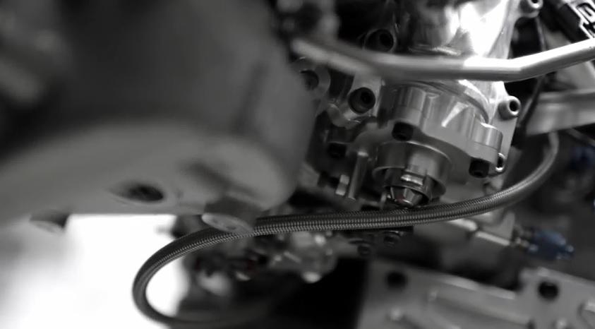 Videón a Honda-motor fejlesztése: ez a V6-os sem fog sikítani