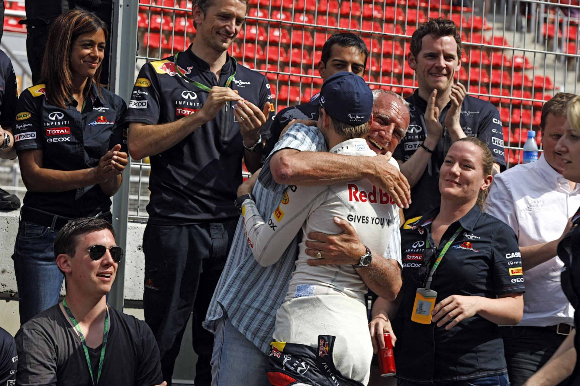 Rengeteg pénzt nyer Vettel távozásával a Red Bull, melynek tulajdonosa nem bánkódik a négyszeres bajnok elvesztése miatt