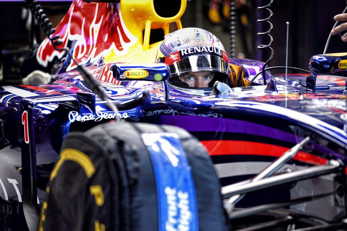 Nem lesz büntetés Vettelnek, késnek az alkatrészek: elmarad a motorcsere