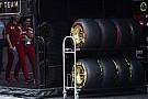 285 km/órás sebességcsökkenés 2.6 másodperc alatt: a Pirelli nem tart a kockásra fékezett gumiktól