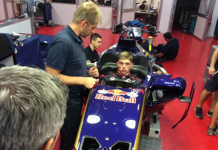 Üléspróbán Max Verstappen a Toro Rossónál