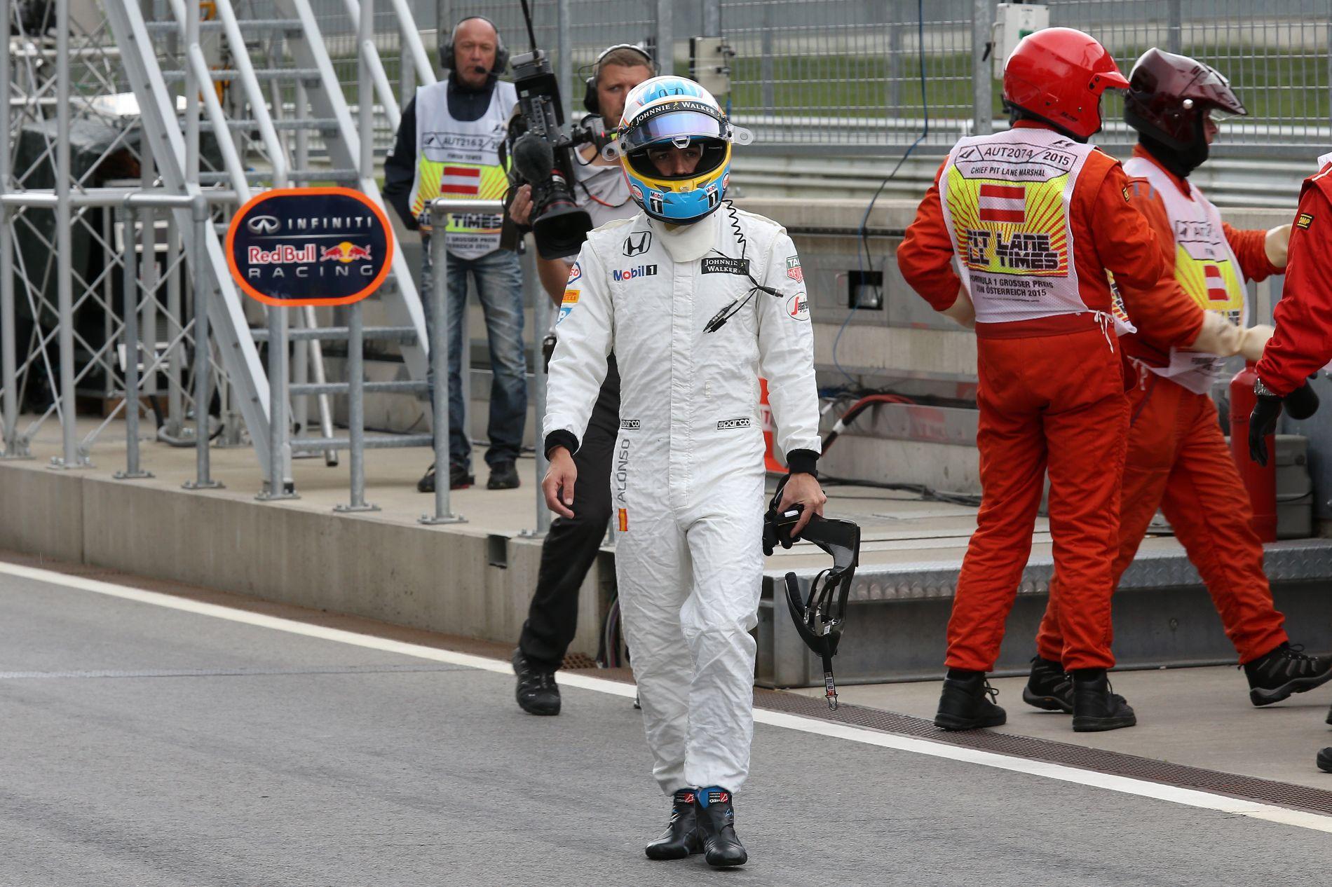 Nincs határidő a Hondánál: Alonso csupa boldogtalan arcot látott tegnap az élen