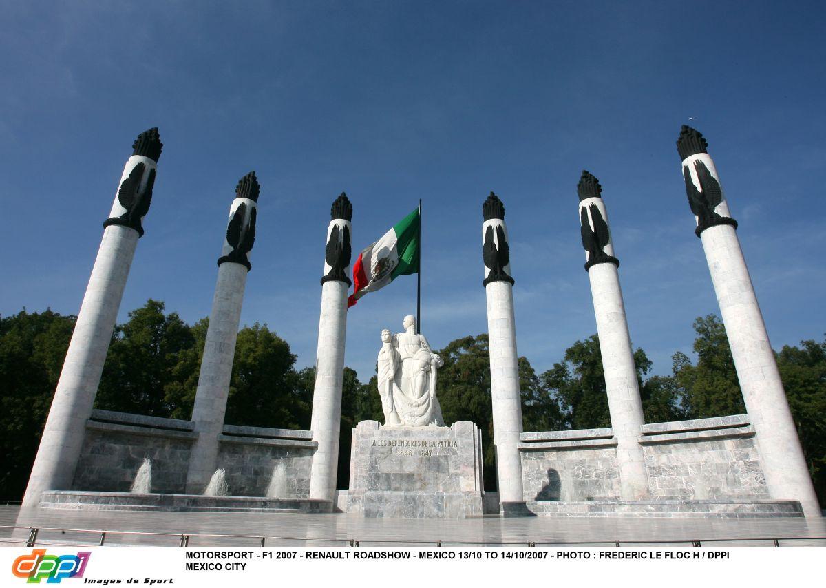 Hogy áll a visszatérő Mexikói Nagydíj helyszíne a Forma-1-es hétvége előtt 6 hónappal?