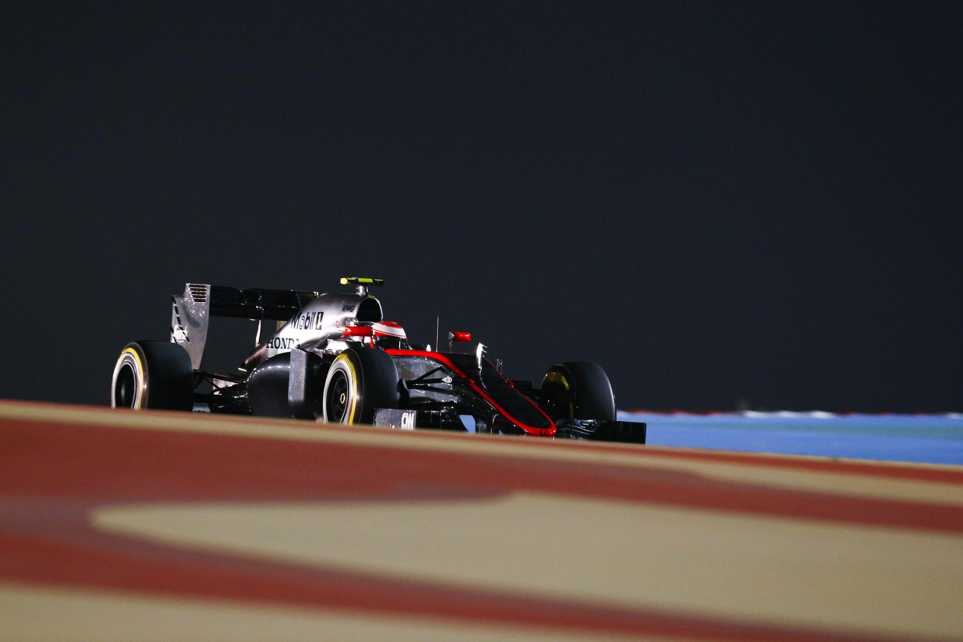 A McLaren-Honda nem nyúlt a zsetonjaihoz a Spanyol Nagydíj előtt