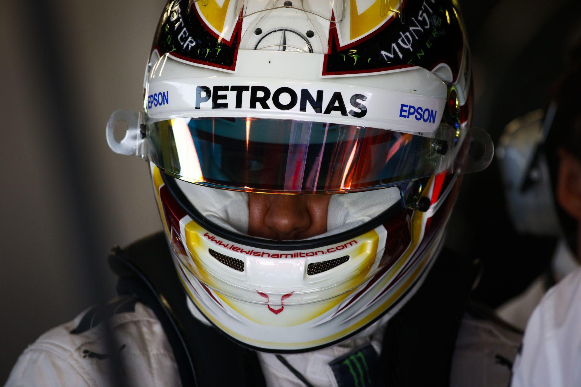 Hamilton szerint ha Rosberg a tavalyi legjobb formáját nyújtja, akkor nincs miért aggódnia