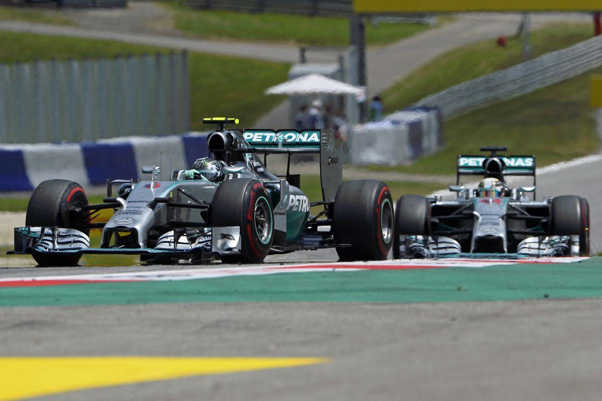 A Mercedes dominált és még dominálni is fog: Hamilton a pop, Rosberg a menedzsment