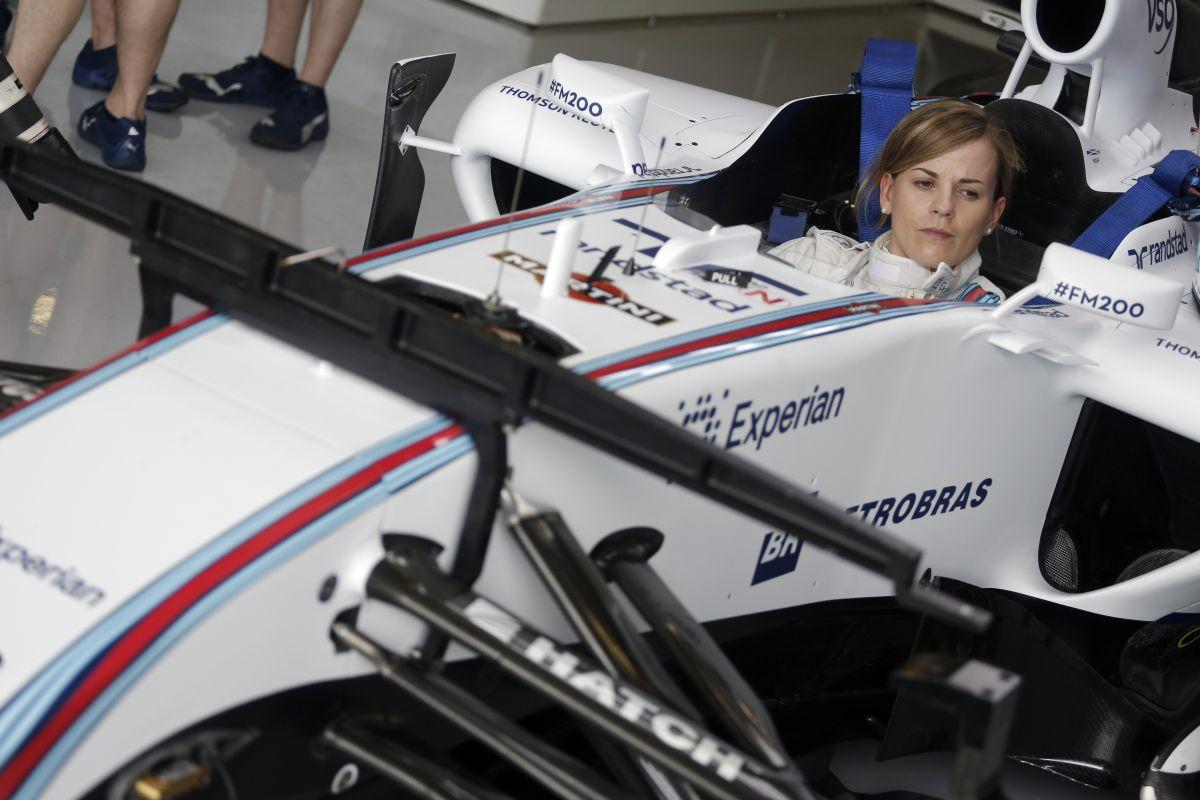 Wolff ma már ismerkedett az FW36-tal: cockpitban egyeztetett a holnapi bevetés előtt