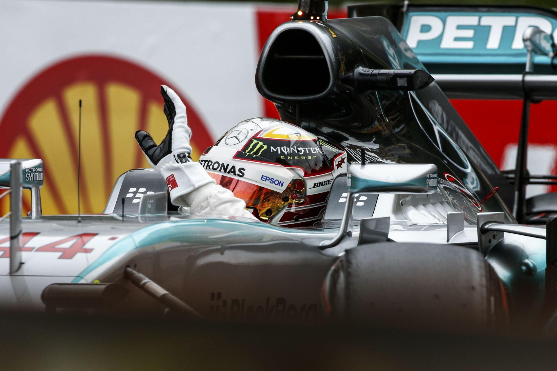 Hamilton célja az volt, hogy legalább 35 millió eurót keressen évente