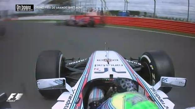 Massa kameranézetéből Raikkönen becsapódása: 31 perc exkluzív onboard Silverstone-ból