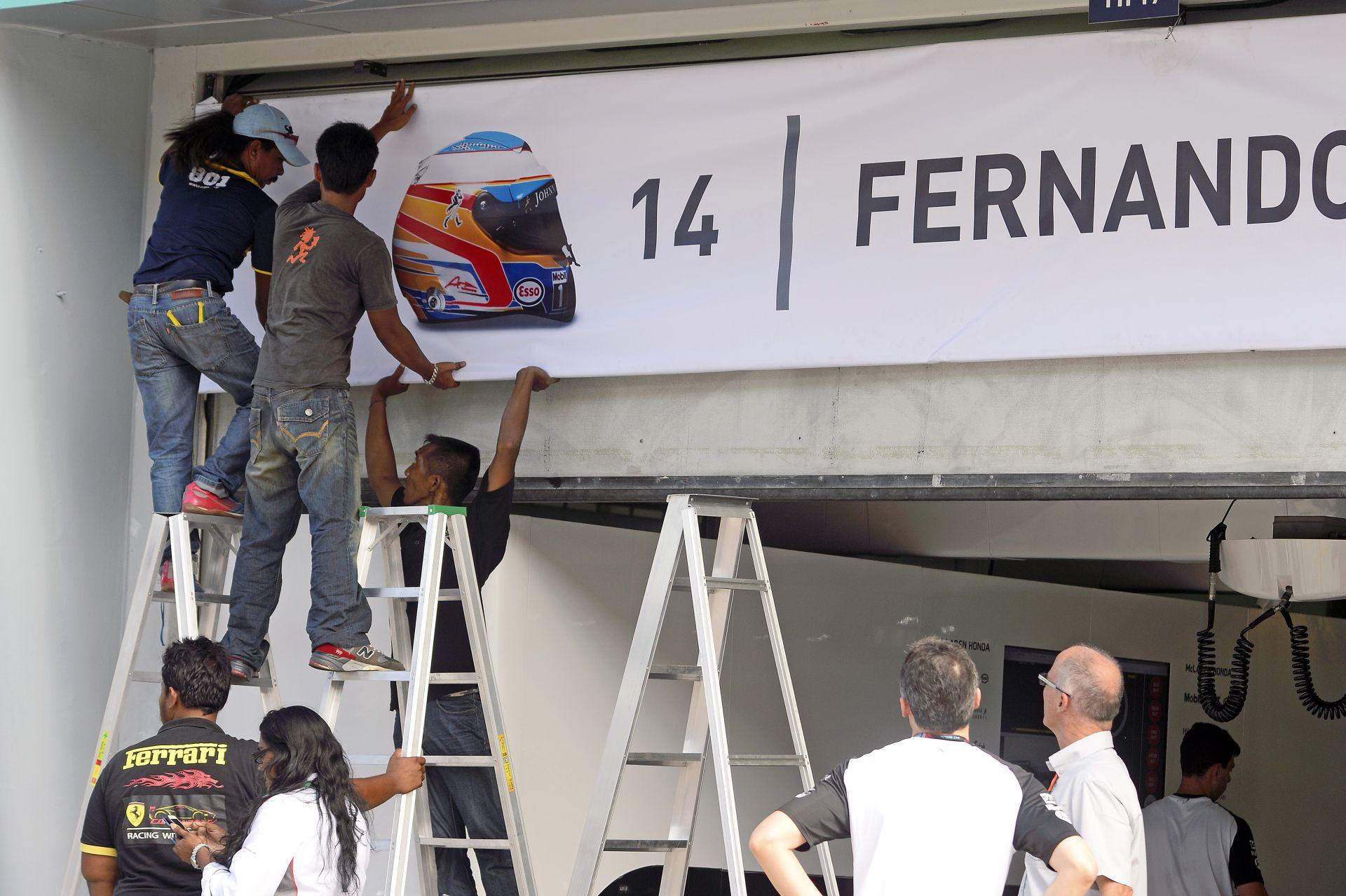 Alonso és Button: Nyilvánvalóak és egyértelműek az előrelépéseink a McLaren-Hondával