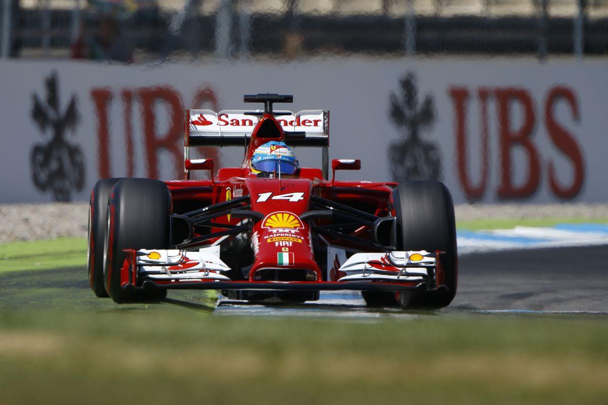 A Mercedes megmutatta, hogy lehet gyors autót építeni: Alonso nem dől be a terveknek