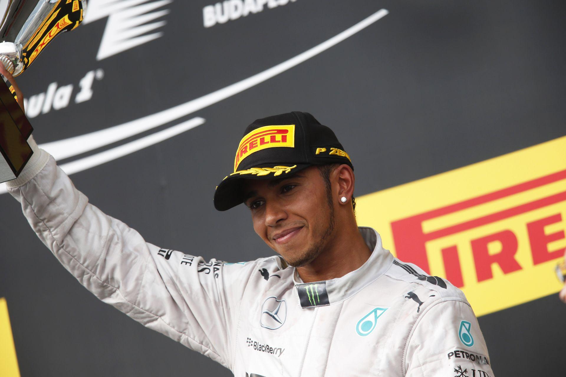 Hamilton: Most a bajnoki cím a tét, így az elengedés már nem fér bele