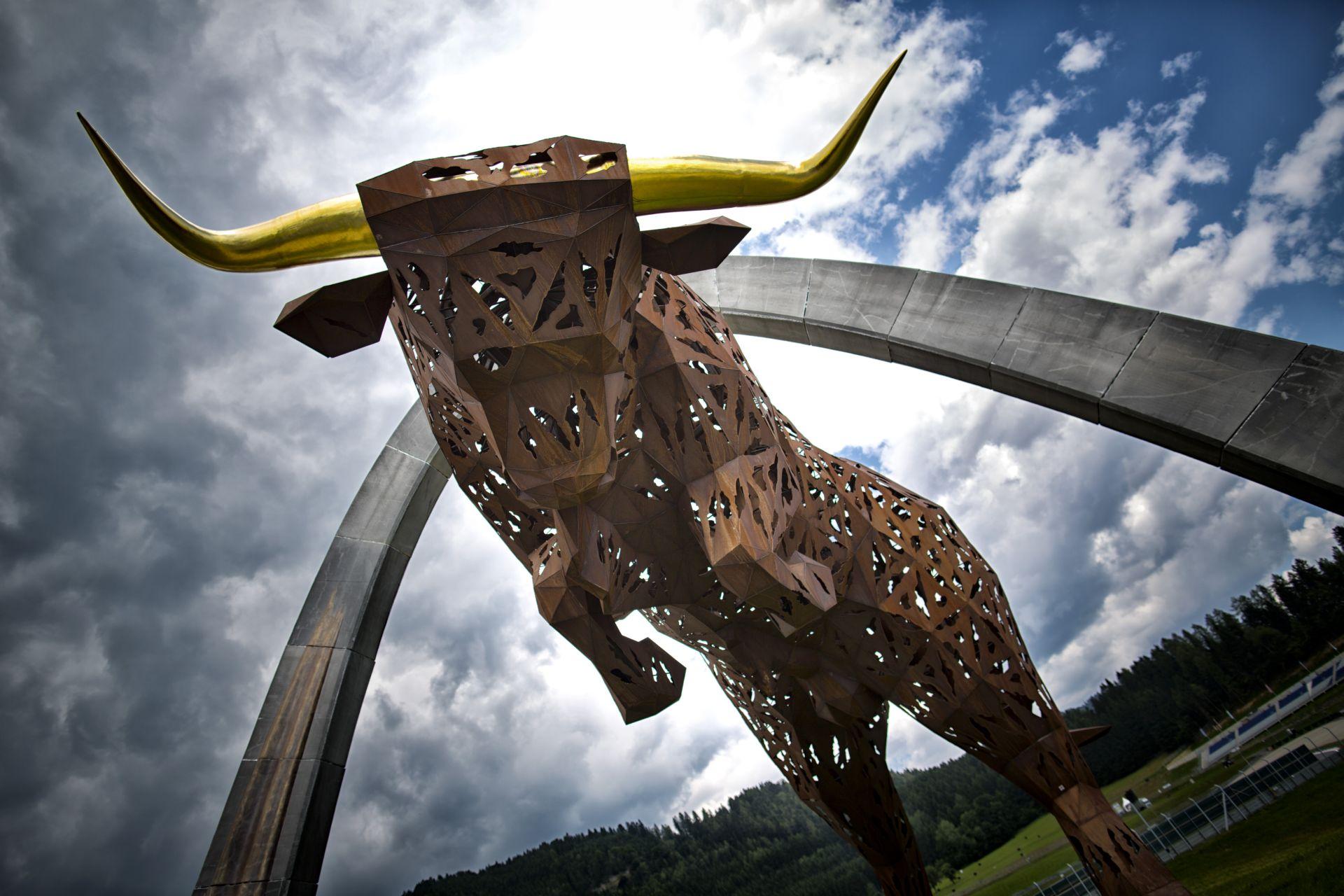 Több mint 10 év után ismét Ausztriában a Forma-1 mezőnye