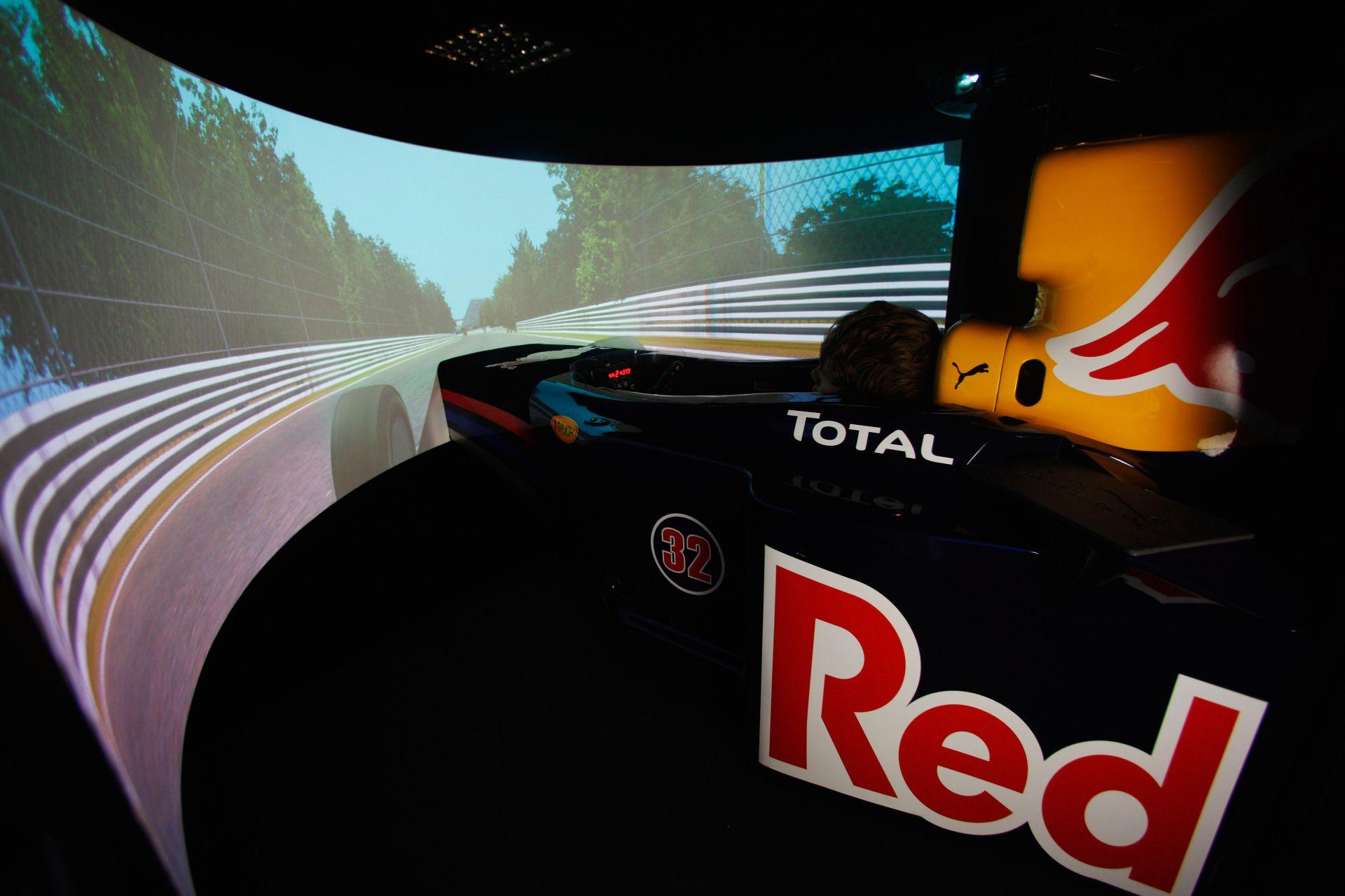 A Toro Rosso biztosan nem hagyja el a Forma-1-et