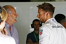 Valakinek mennie kell a Ferraritól, Button meg kapja össze magát, mert megfizetik