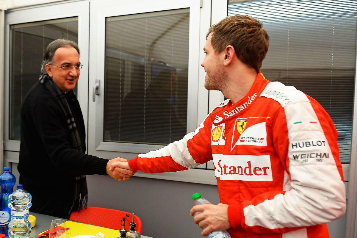 Vettel megmentőként érkezik a Ferrarihoz, ő lenne a messiás?