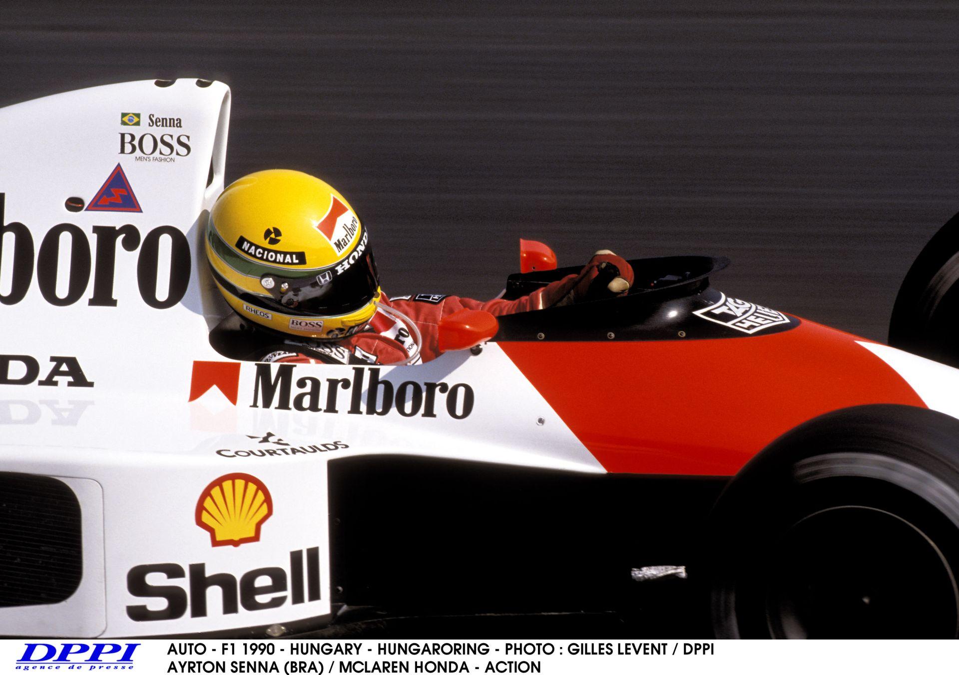 Hamilton: Senna miatt vezetek most így!