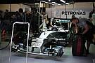 Röviden: a második edzésre megszerelik Rosberg autóját, nincs túlmelegdés