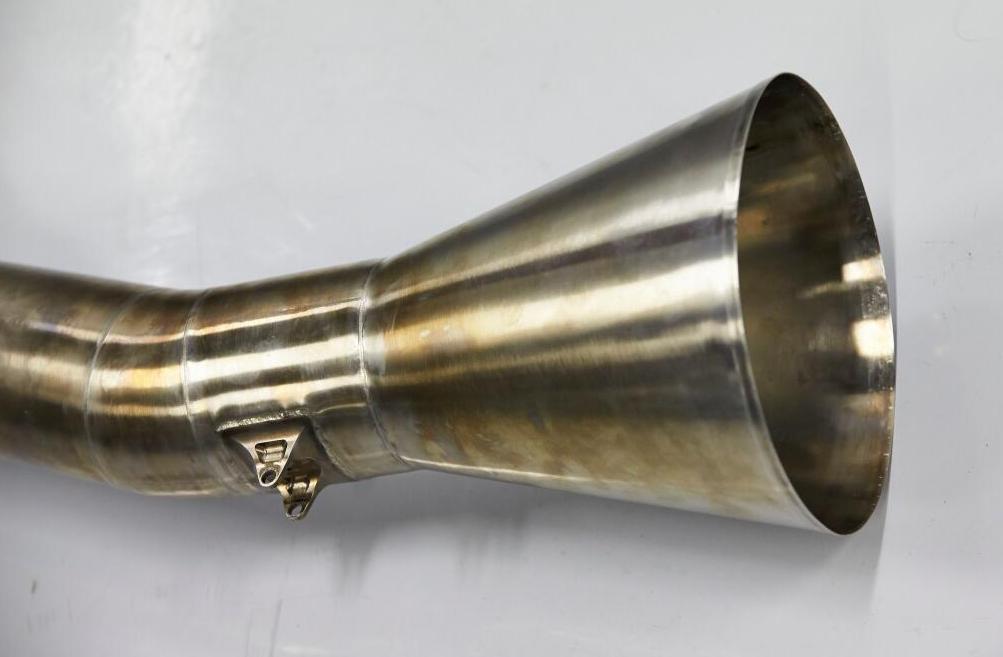 Ilyen hangja van az új F1-es kipufogónak: Szól a Mercedes trombitája