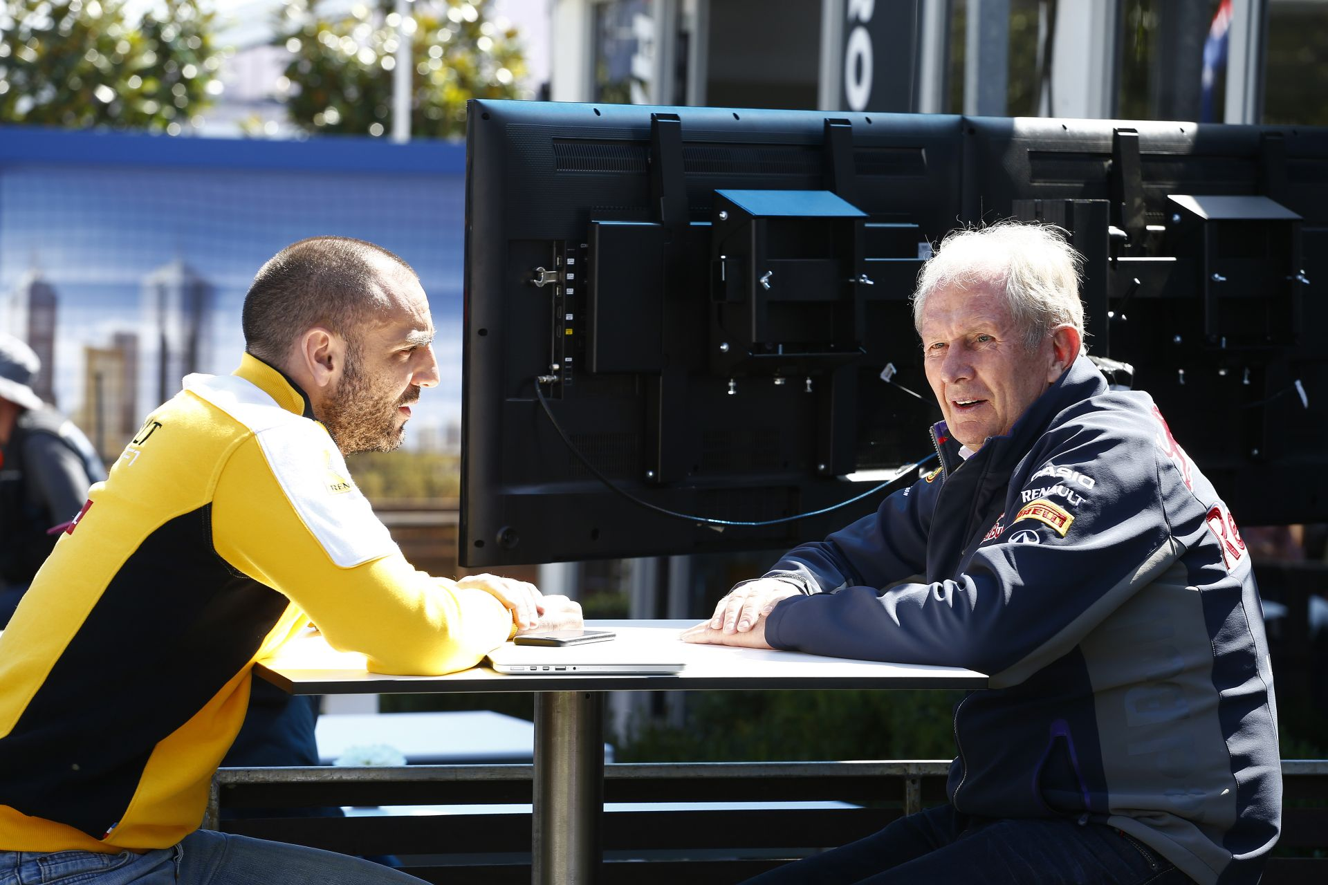 Renault: Nehéz ha olyan partnered van, aki hazudik