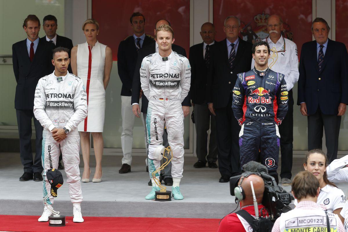 Hamilton a wécén volt, amikor Rosberg egyeztetett: hogyan lehetnének barátok?!