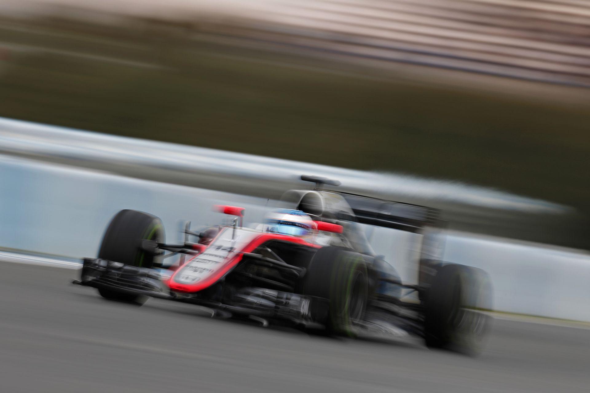 Ilyen hangos a McLaren-Honda: Ez már közelít a Forma-1-es szinthez