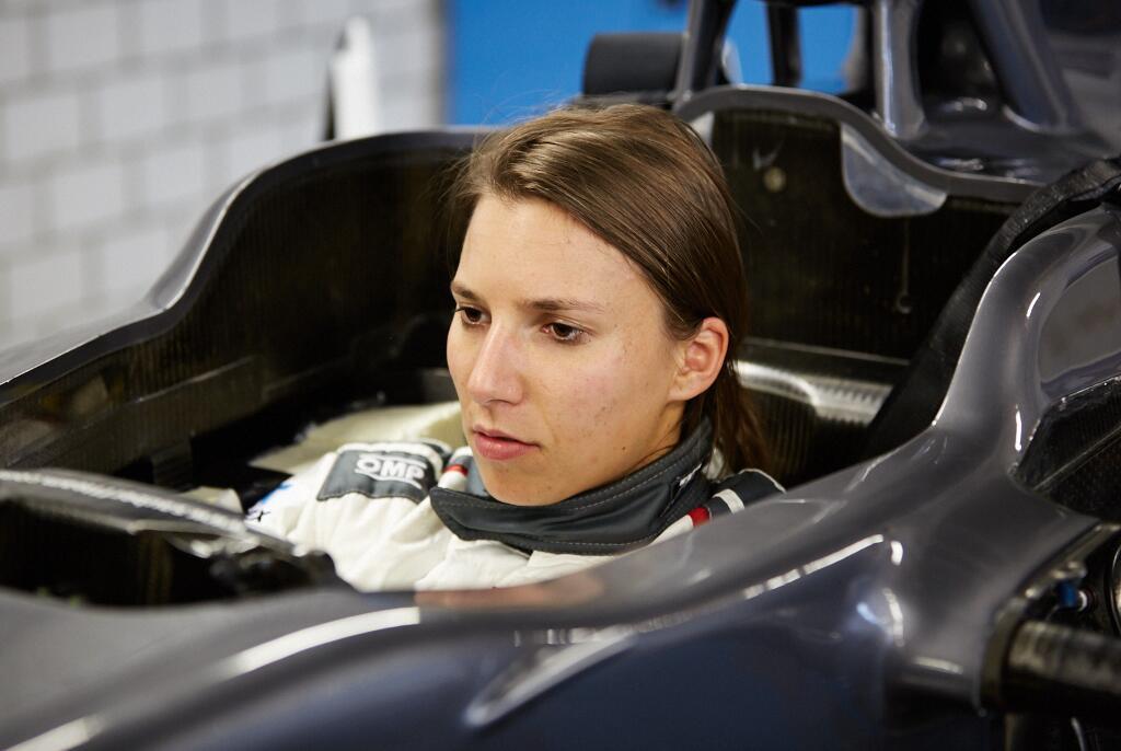 Röviden: Üléspróbán a Sauber női tesztpilótája