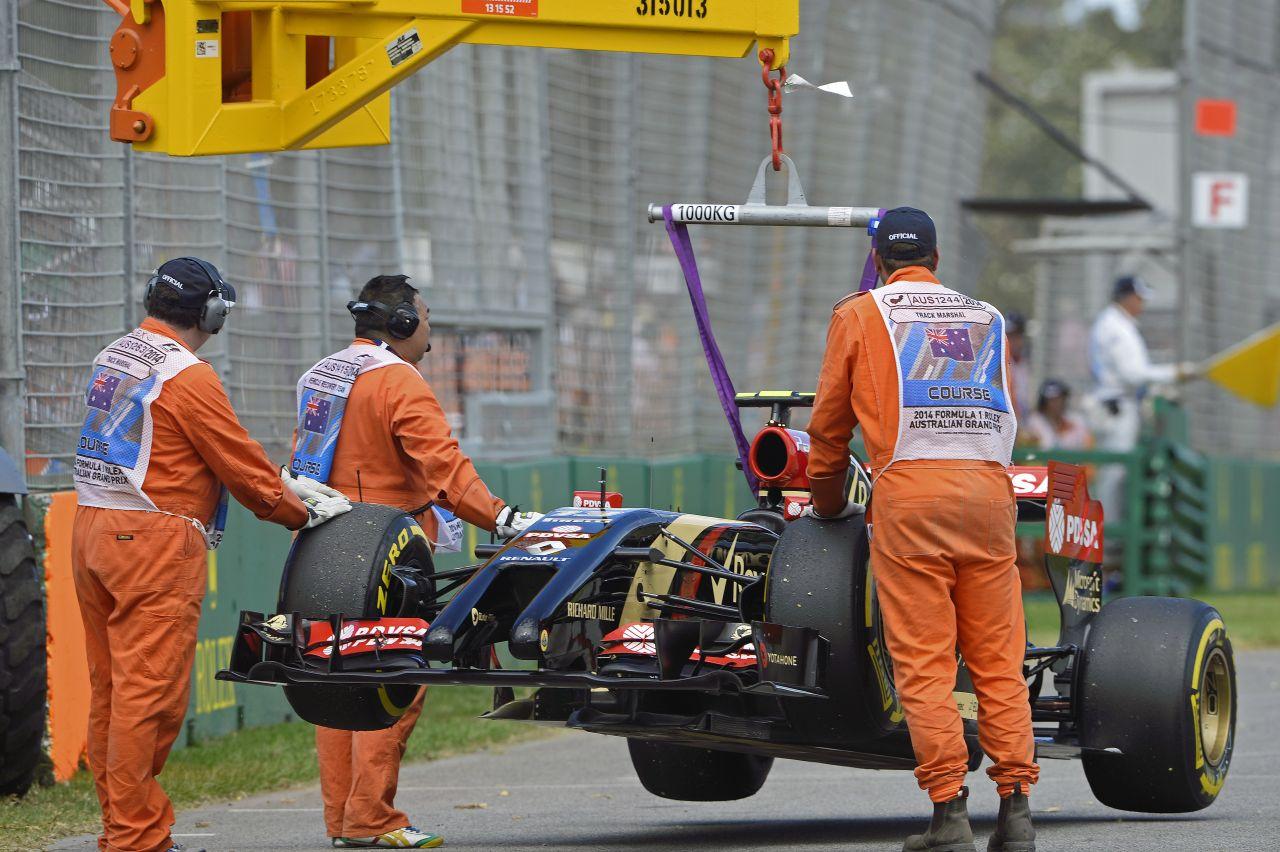 Sok a gond a Lotusnál, de még ördögi gép lehet az E22-ből