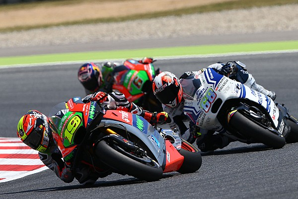 Aprilia poursuit ses efforts inlassablement