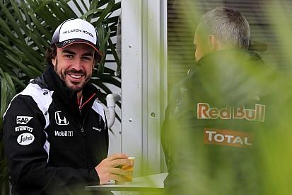 """Alonso: """"No es improbable luchar por el mundial en 2017"""""""