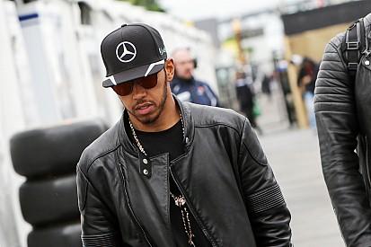 Hamilton no se confía después de su primera victoria