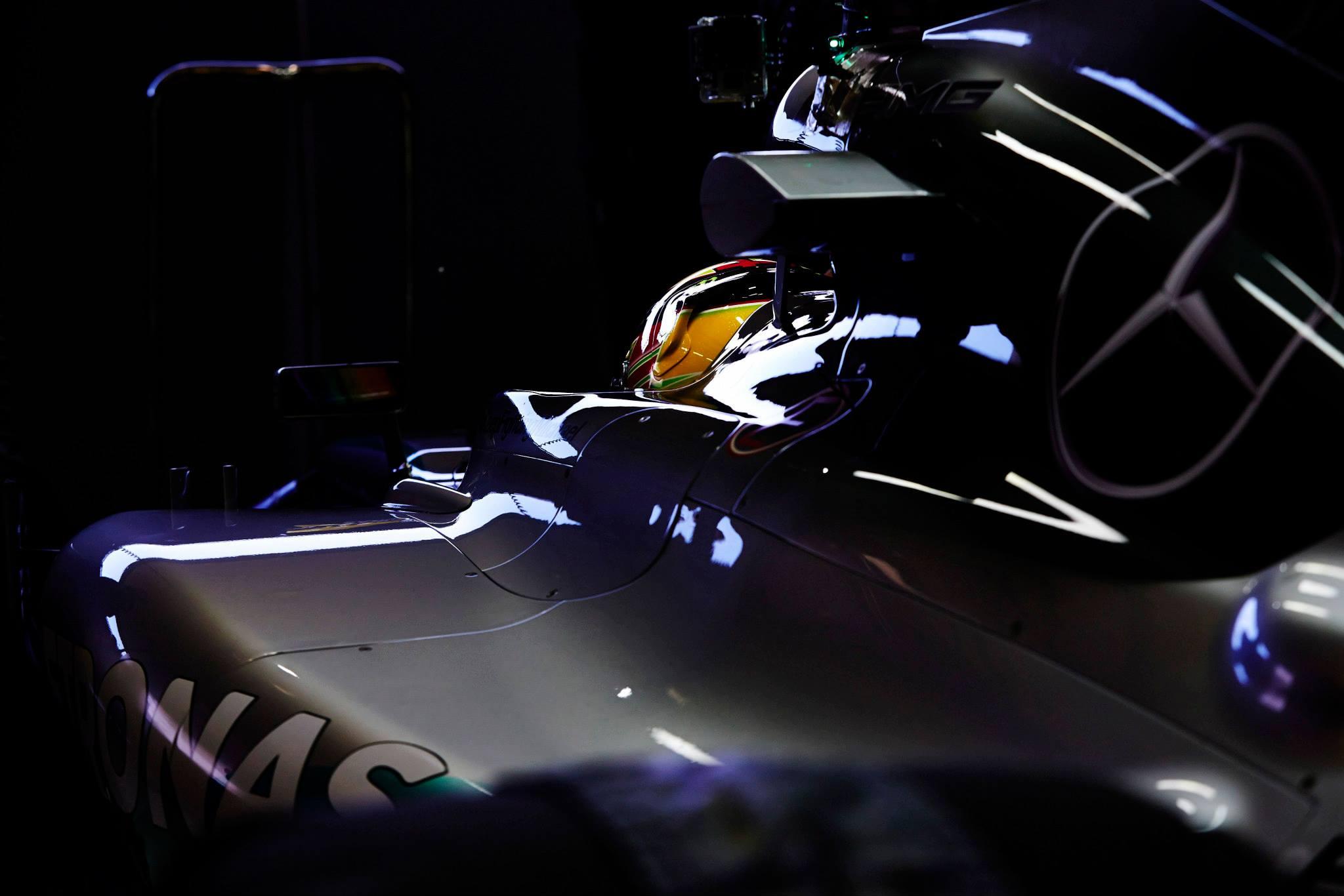 Mercedes: a garázsban jobban szólnak a V6-osok, de nyílt pályán van lemaradás