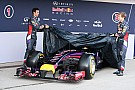 Az RB10 is megmutatta magát: Vettel és Ricciardo kicsomagolta a gépet (frissítve)