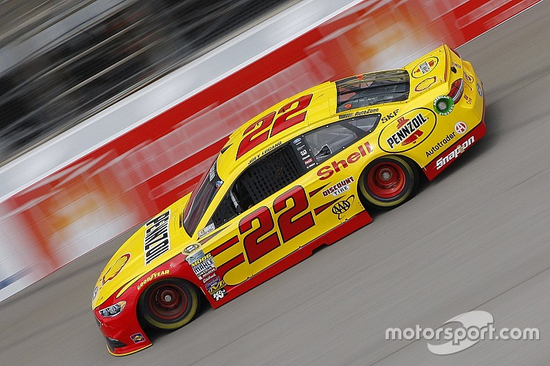 Michigan-Pole für Joey Logano - Tony Stewart stark