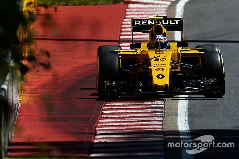 Сложности при атаке поребриков помешали Renault в пятницу