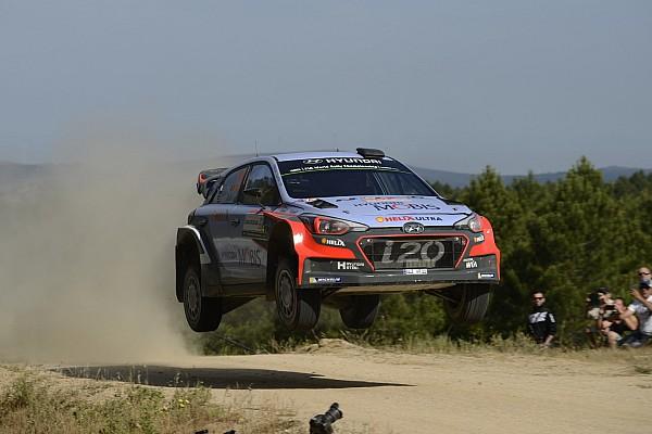 İtalya WRC: Ogier Power Stage'i, Neuville ralliyi kazandı