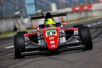 Rajt-cél győzelem Mick Schumachertől a Lausitzringen