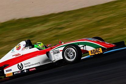 Nem sikerült a triplázás, de így is csökkentette a hátrányát Mick Schumacher