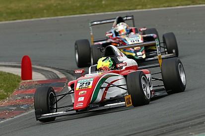 Schumacher fia egy negyedik hellyel nyitott Oscherslebenben