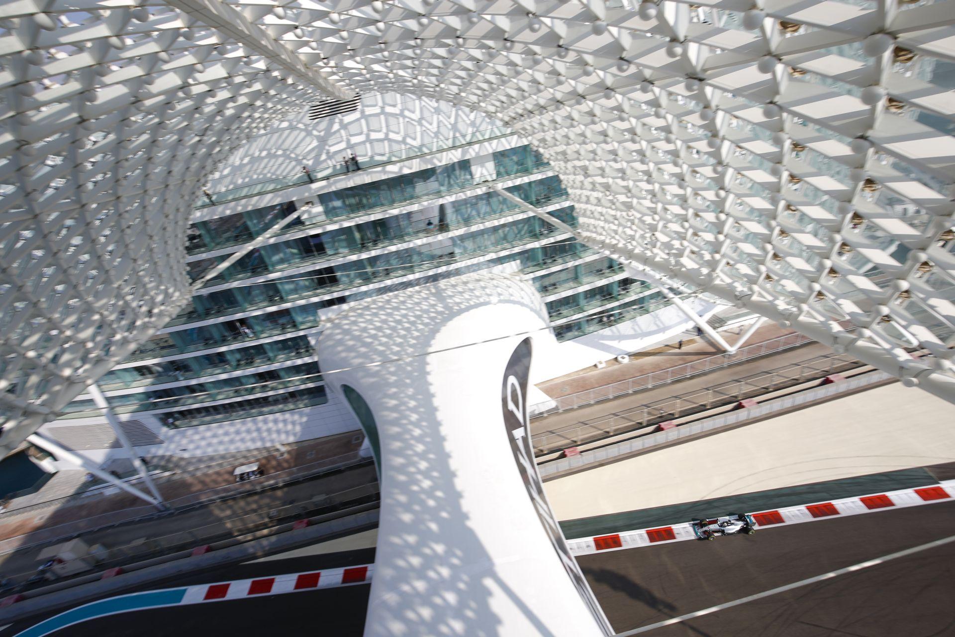 Újabb látványos baleset a GP2-ben: többen is egymásnak vágódtak Abu Dhabiban