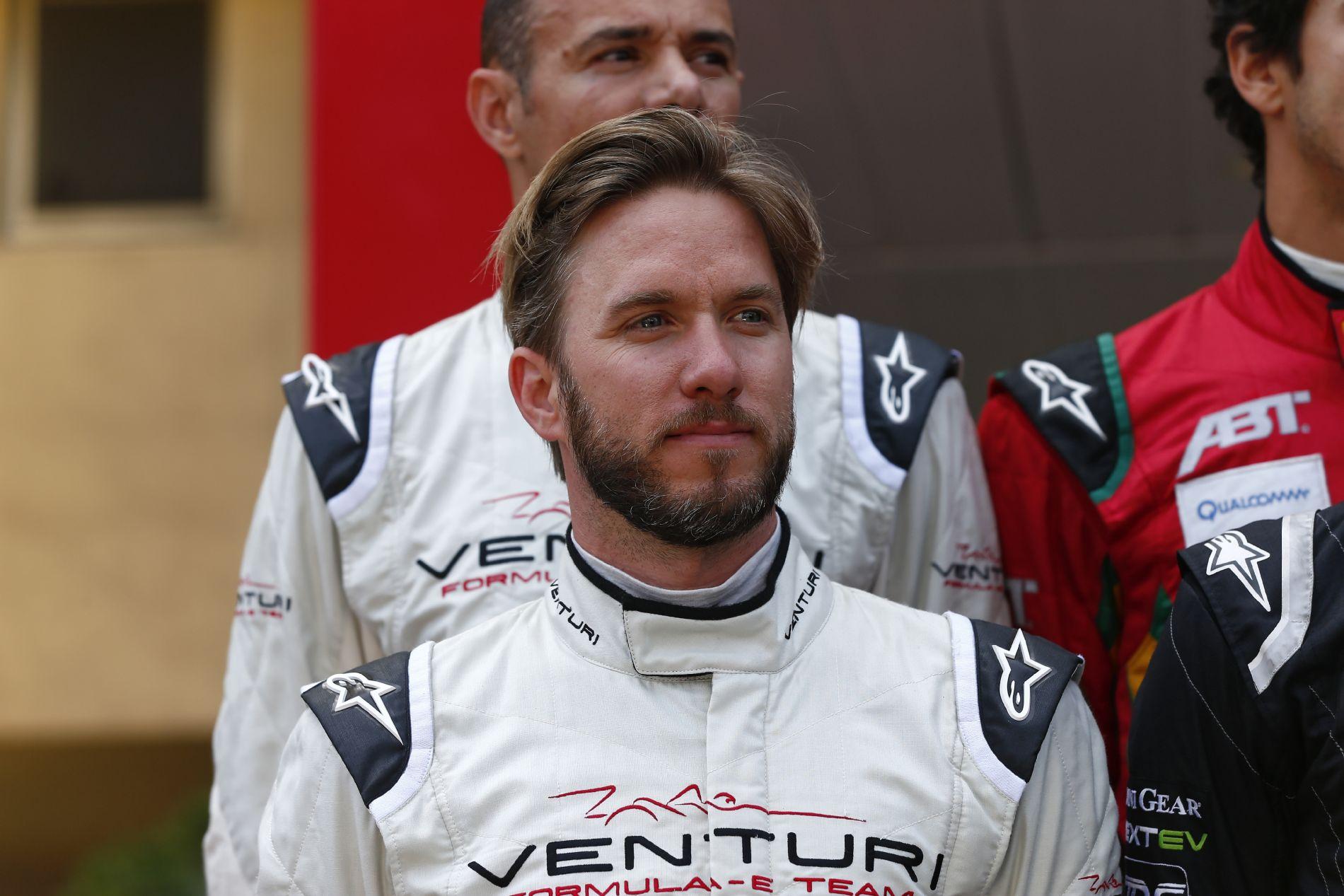 Hamilton fizetéséből kijön a Formula E teljes büdzséje?!