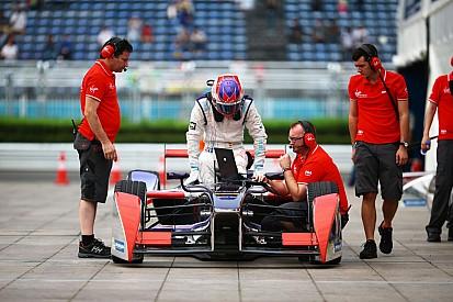 Formula E: Így zúzta le az autóját Jaime Alguersuari