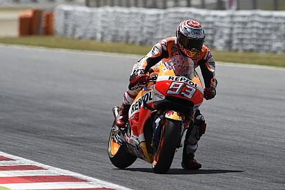 """Márquez: """"El apretón de manos con Rossi llegó tarde, pero llegó"""""""