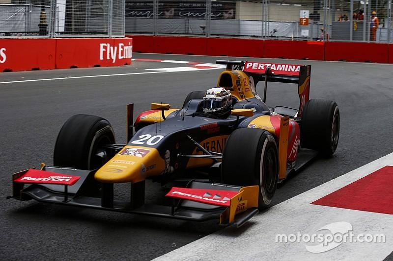 GP2 Baku: Giovinazzi wint chaotische eerste race