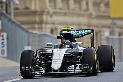 Avrupa GP: Hamilton kaza yaptı, Rosberg polü kaptı!